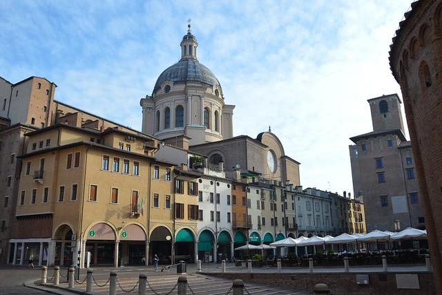 Mantova, Piazza delle Erbe, Explore Jun 16, 2021 #340