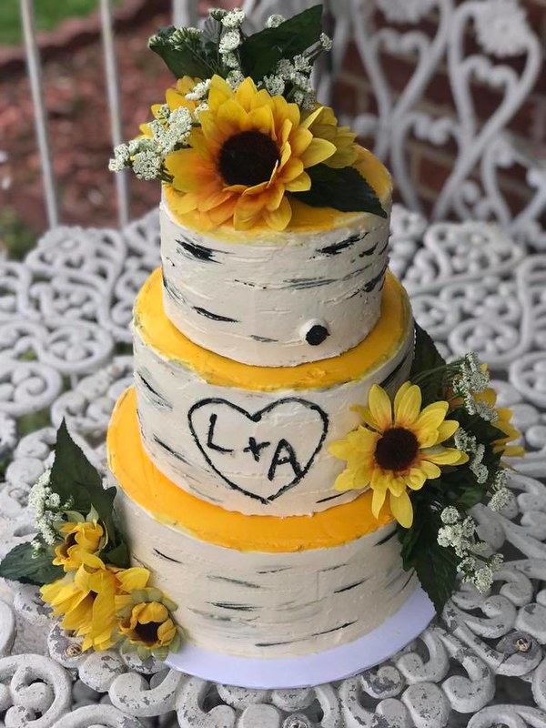 Cake by Annie's Sweets & Treats