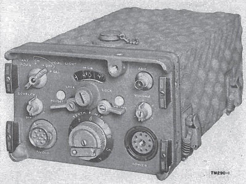 Radio-MH-70-70y-1