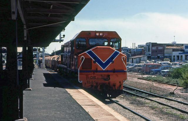 DB1585 goods City station