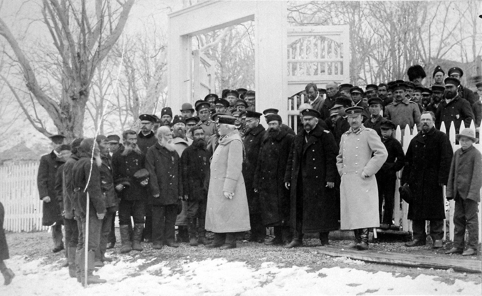1897. Беседа Приамурского Генерал-Губернатора С. М. Духовского со стариками Петропавловска, участвовавшими в сражении 24 Августа 1854 г