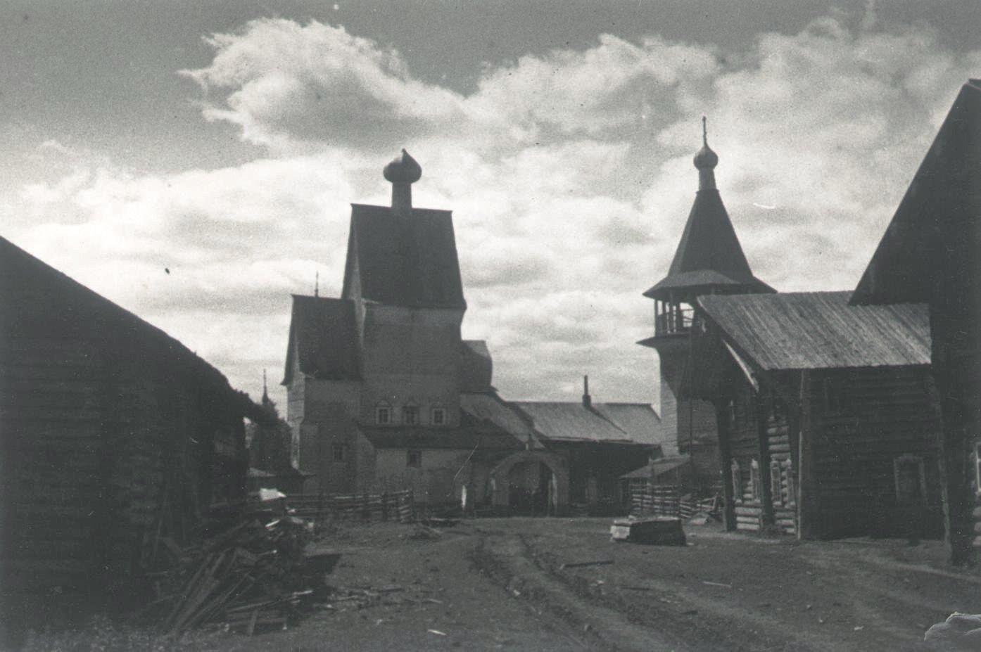 1926-1927. Улица в Шалакуше и старая церковь