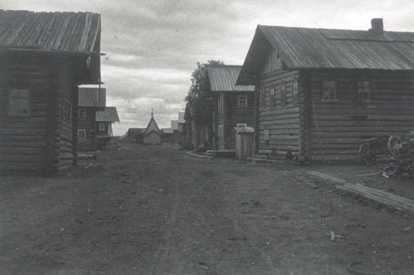 1926-1927.  Улица в Шалакуше. Север