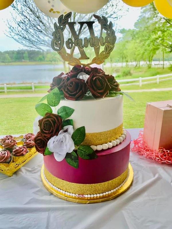 Cake by Lupita's Cake
