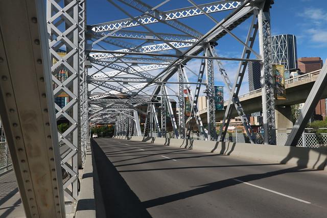 More photos to take walking downtown