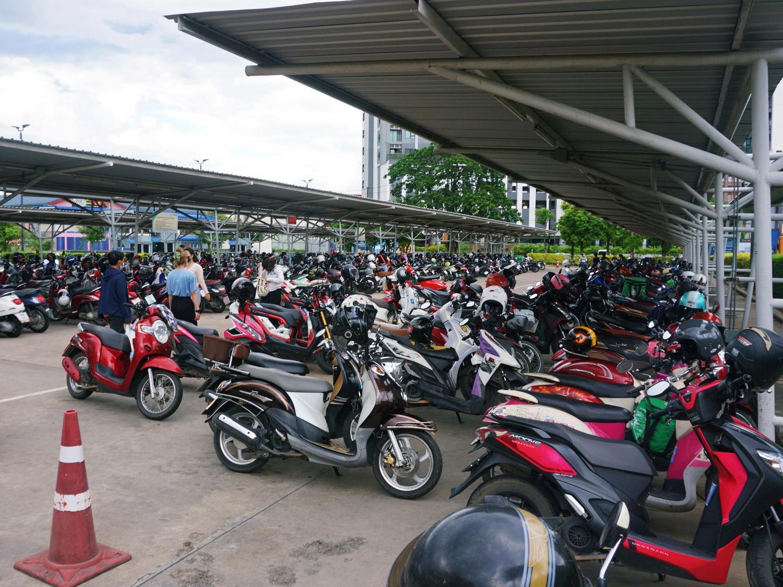 Chiang Mai motorbike parking