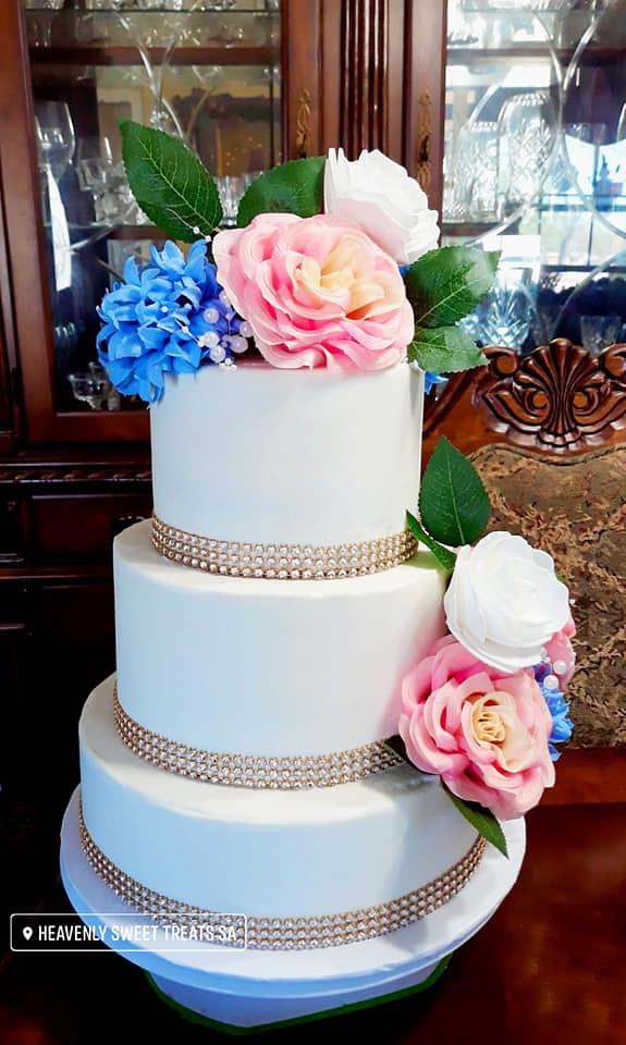 Cake by Heavenly Sweet Treats SA
