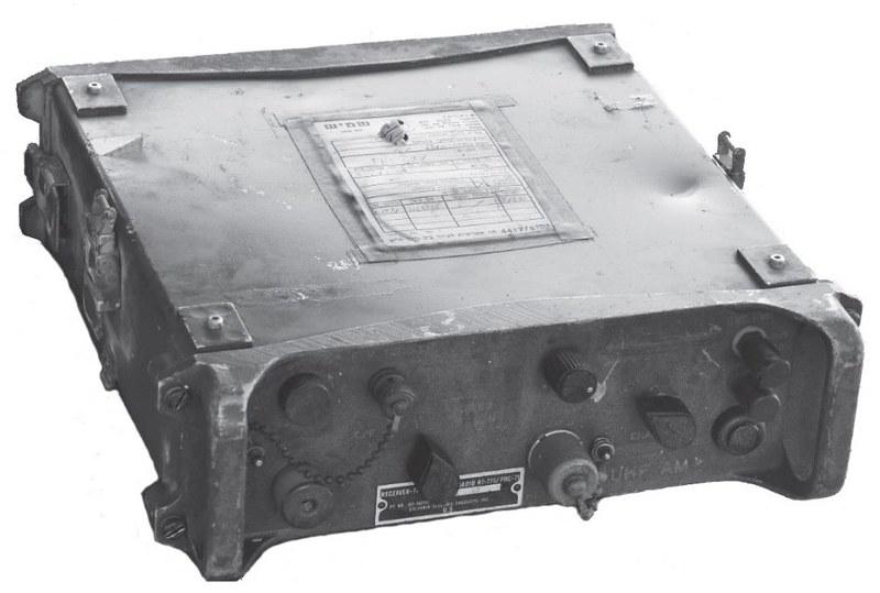 Radio-PRC-71-70y-1