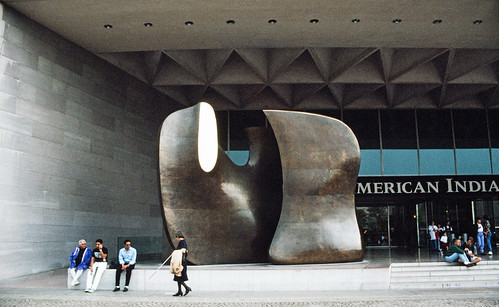 Mirror Knife Edge by Henry Moore at the National Gallery of Art – East Building