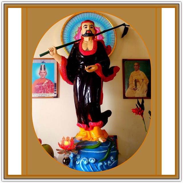 VIỆT NAM, TRADITIONAL VIETNAMIAN ART, NGHỆ THUẬT TRUYỀN THỐNG VIỆT NAM, MNAAG : Pagoda, Buddhist Temple, Ho Chi Minh city, Da Lat, cities of the Mekong Delta.: Chùa, Phật đường, thành phố Hồ Chí Minh, Đà Lạt, các thành phố thuộc đồng bằng sông Cửu Long.