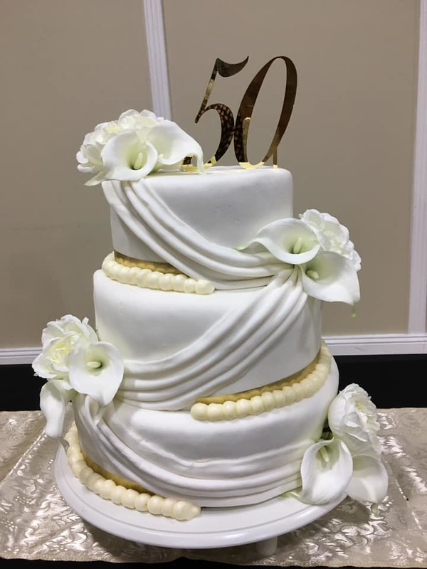 Cake by Dee's Sweets