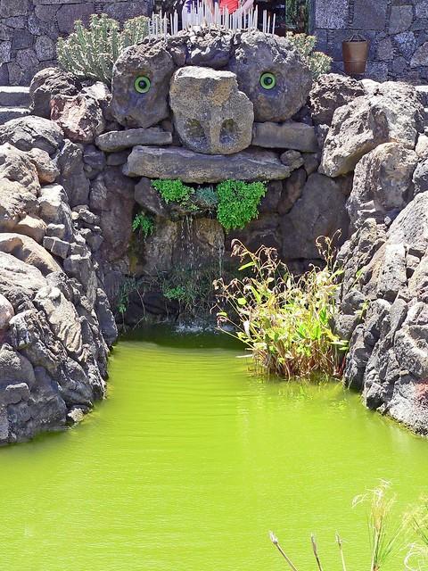 Espagne, les Canaries, l'île de Lanzarote, une fontaine aménagée