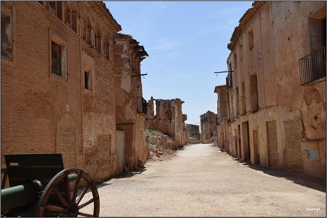 Pueblo viejo de Belchite (Aragón, España, 13-6-2021)