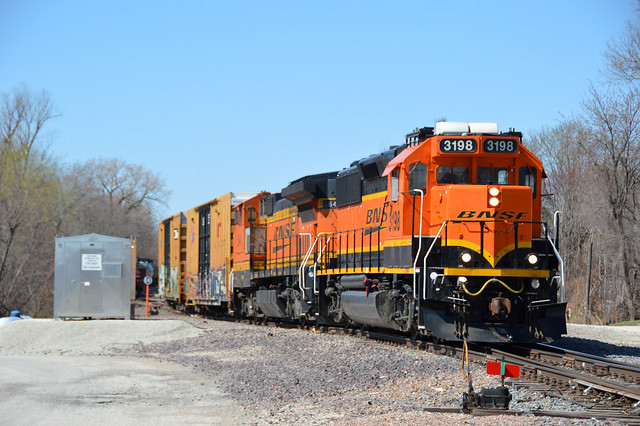 A local crew works in the C B & Q yard at Fort Madison Iowa