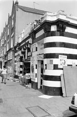 Balham Market, Bedford Hill, Balham, Wandsworth, 1990, 90-8u-22
