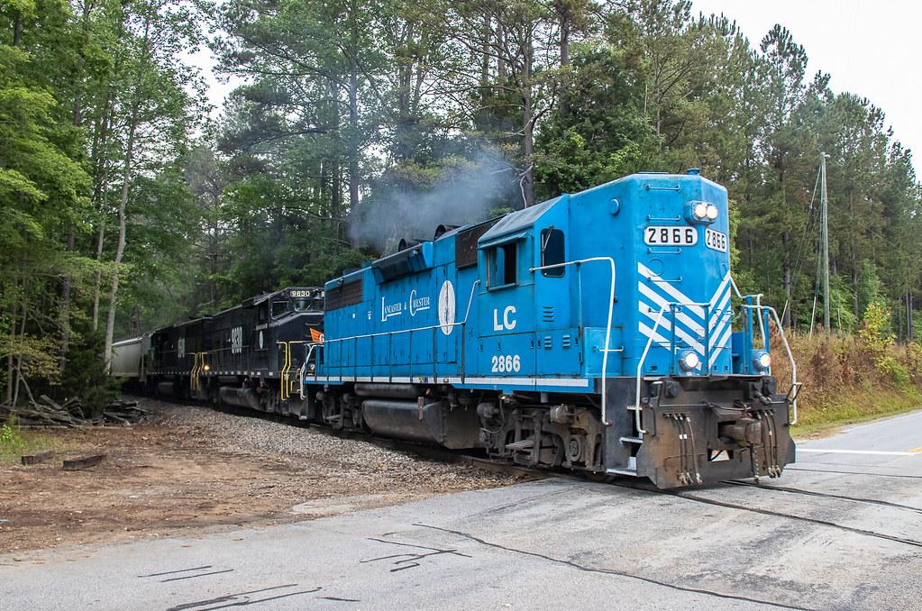 Lancaster & Chester LC 2866 (GP38-2) Train:16 Knox, South Carolina
