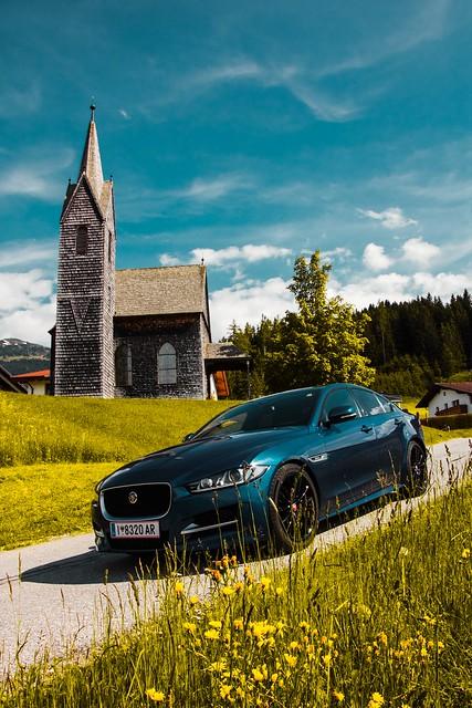 Jaguar XE in Tulfes