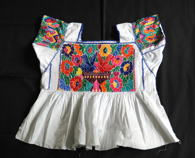 Mexico Puebla Blusa Blouse Nahua Embroidery
