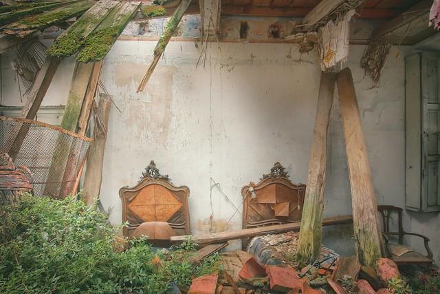 - broken home II -