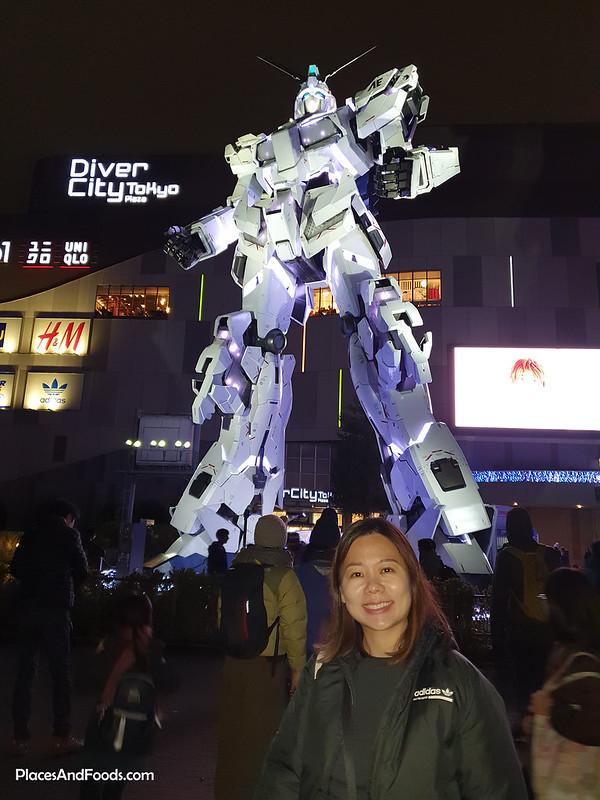 Life Sized Unicorn Gundam Statue Diver City Tokyo Plaza Odaiba