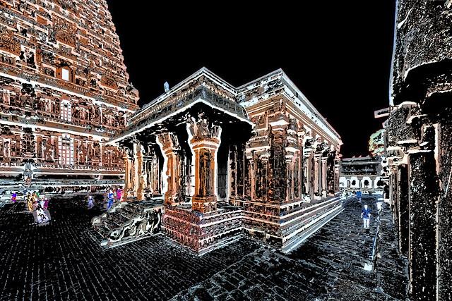 India - Tamil Nadu - Thanjavur - Brihadeshvara Temple - 540ee