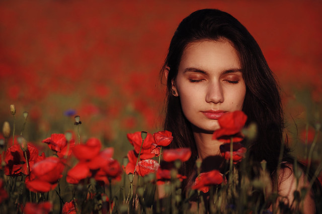 Adriana in poppies