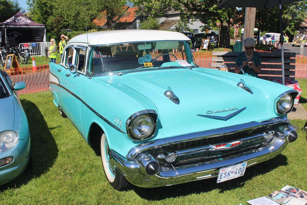 Chevrolet 1957 210 ESK 400