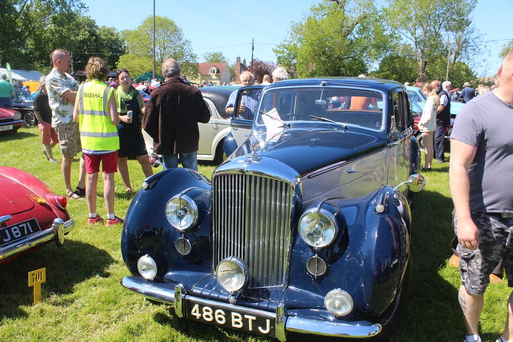 Bentley 1952 MK6 486 BTJ