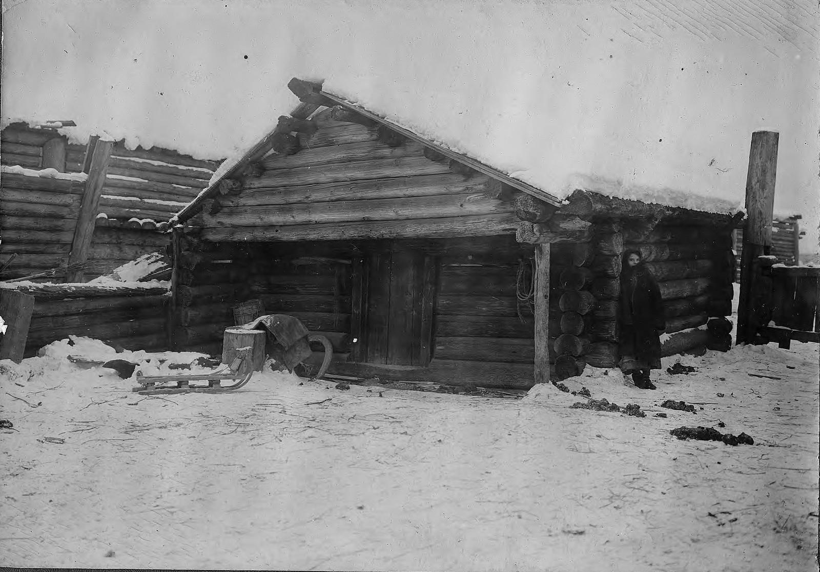 Амбар в селе Богучанском Енисейского уезда
