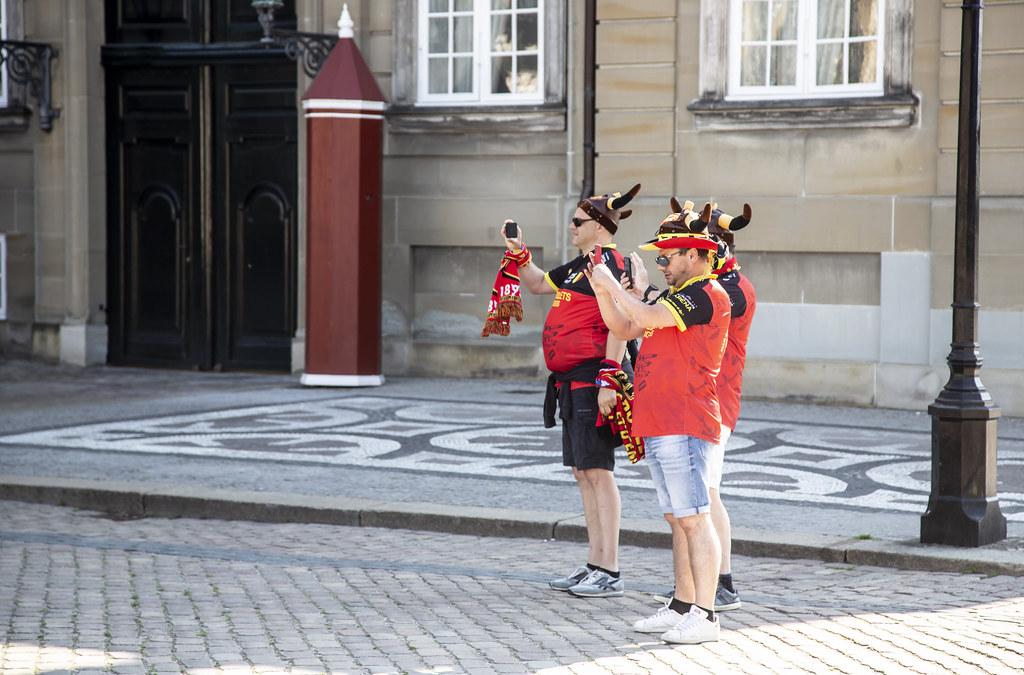 20211706 EM fans Belgien Amalienborg slotsplads 750A7089