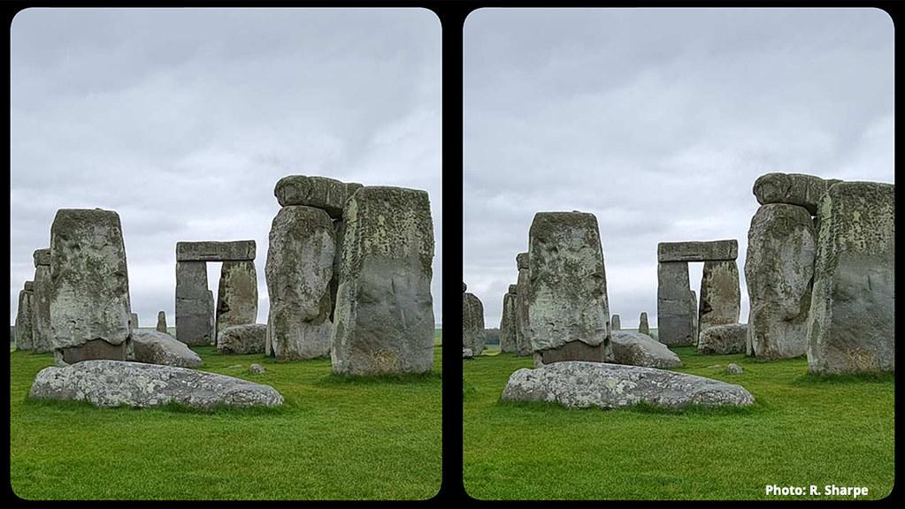 Illustration 03-Stonehenge-Smartphone photo by Rebeccasmall