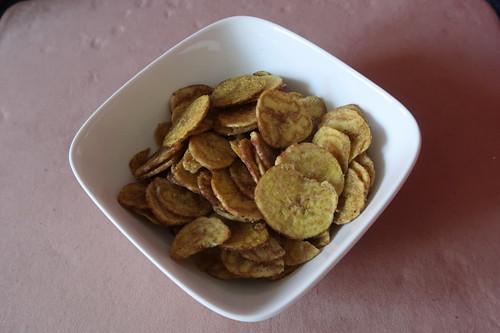 Würzige Chips aus Kochbananen aus Ecuador (erhältlich über Ethiquable)