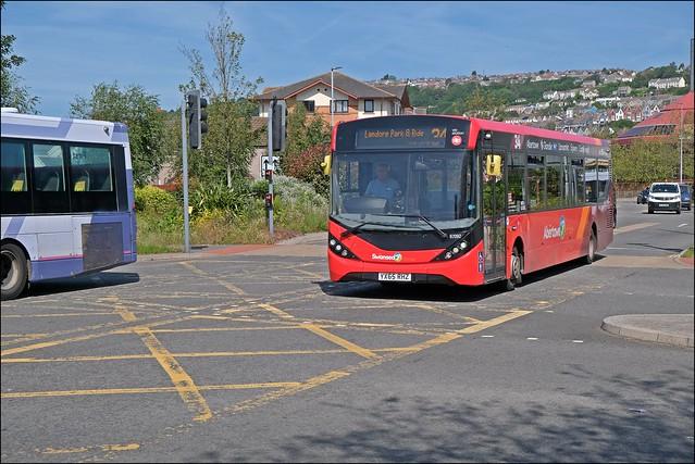 First Cymru YX65RHZ 67092