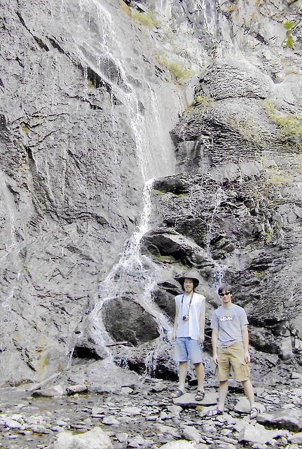 Adem & Grant in Yellowstone park