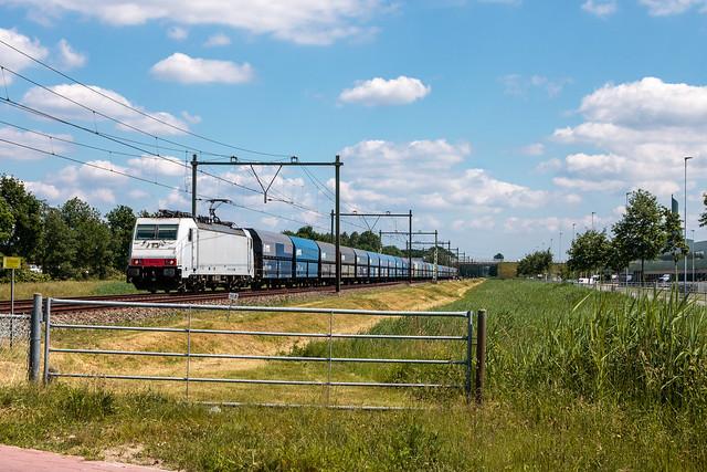 Rhenus Rail 186 144   Lege kolentrein   Ede