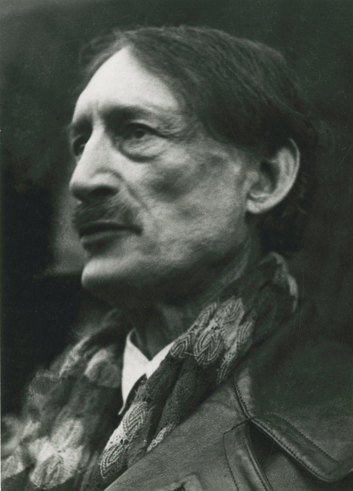 1934. Анри Барбюс