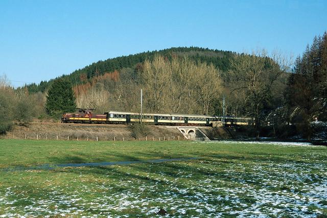 BB 3612 + IR 3714 Luxembourg - Troisvierges, Maulusmühle, 20/02/2004