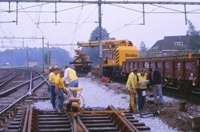 08492041-10393  Hilversum 1 mei 1993