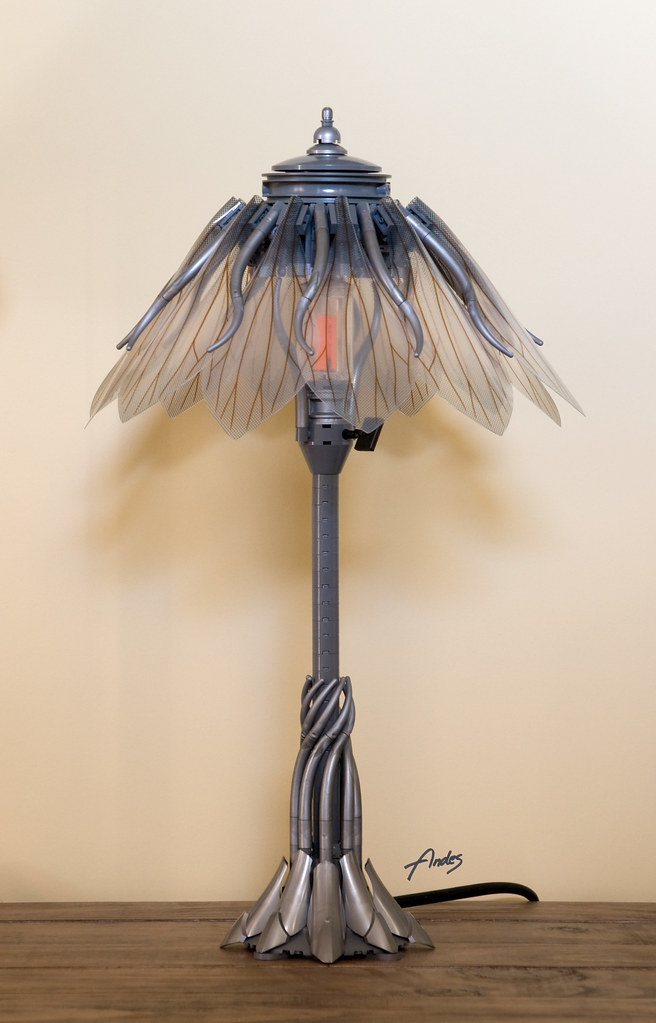 Wasp Wing Table Lamp