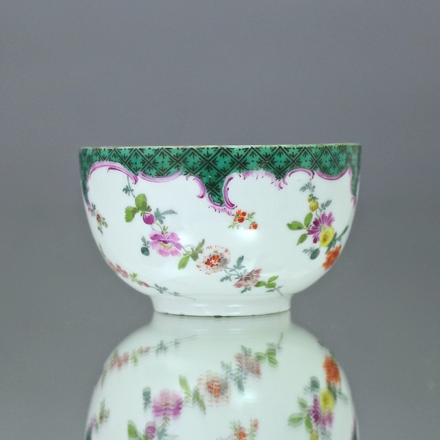 Meissen, Tasse, Teetasse, Mosaik Bordüre, Grün, Kupfergrün, Blumen, Girlanden, Spirale, teacup, cup, flowers, rococo