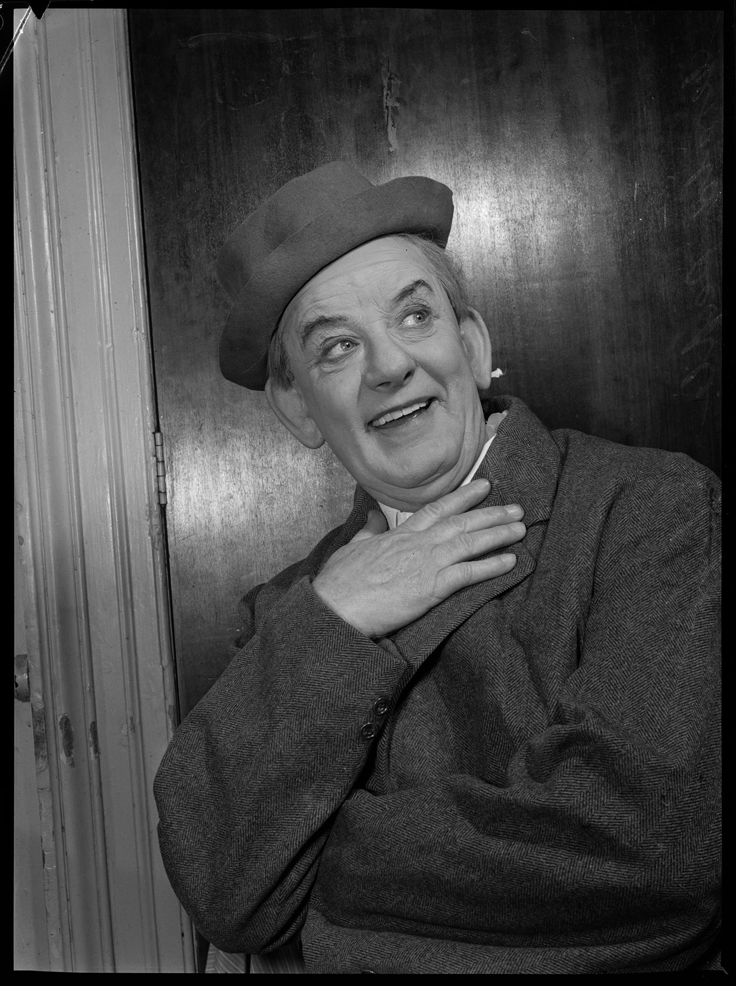 Jim Gerald, Melbourne, 2 June 1951, by Gordon F. De Lisle