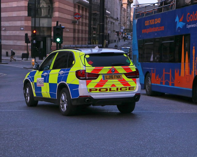 City of London Police - LJ16FNK