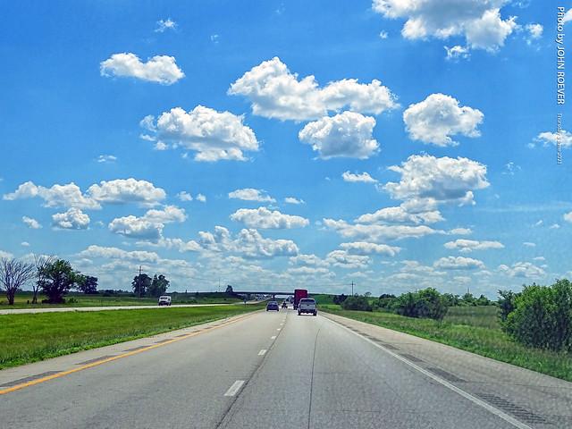 Southbound I-35 - southwest of Gardner, 3 June 2021