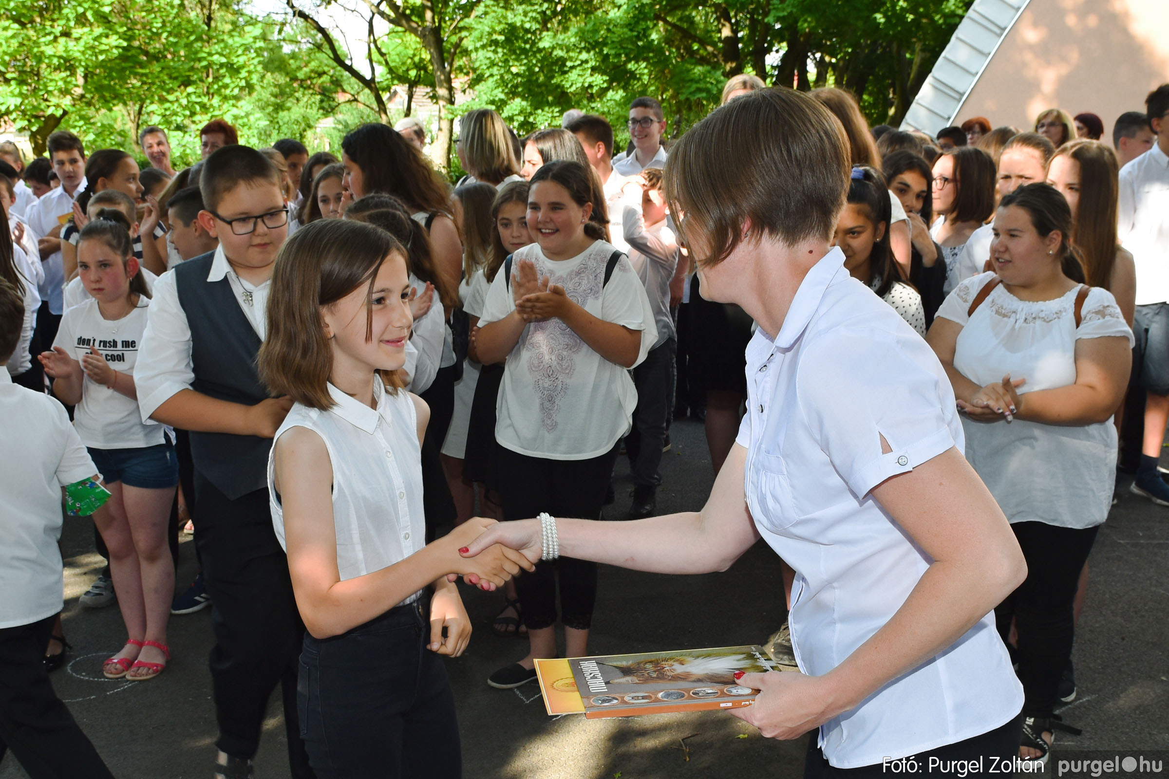 2021.06.17. 046 Forray Máté Általános Iskola tanévzáró 2021. - Fotó:PURGEL ZOLTÁN© DSC_6154q.jpg