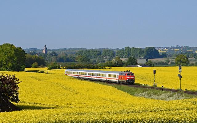 DB 218 322-6 - Groß Schlamin