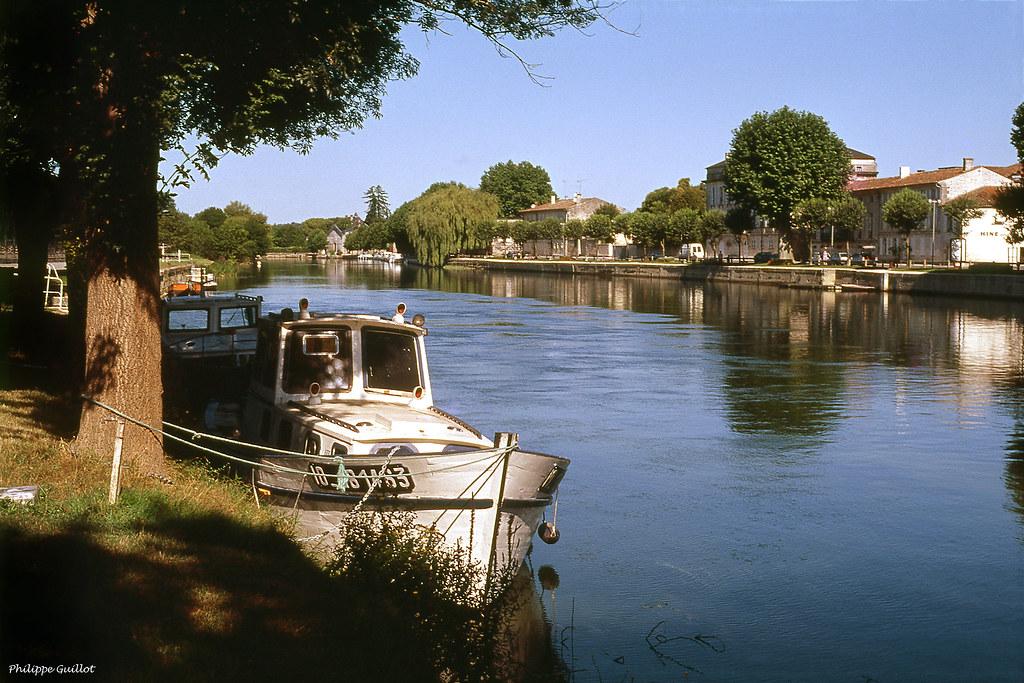 Au bord de la Charente, Mainxe-Gondeville
