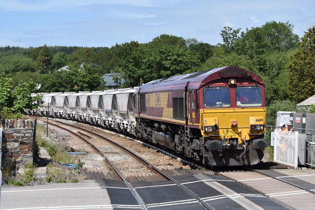 DB 66119 works 6P24 1525 Parkandillack to Fowey Dock Carne Point after running around at Lostwithiel  - 18/06/21