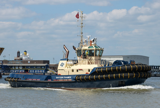 Svitzer Thames