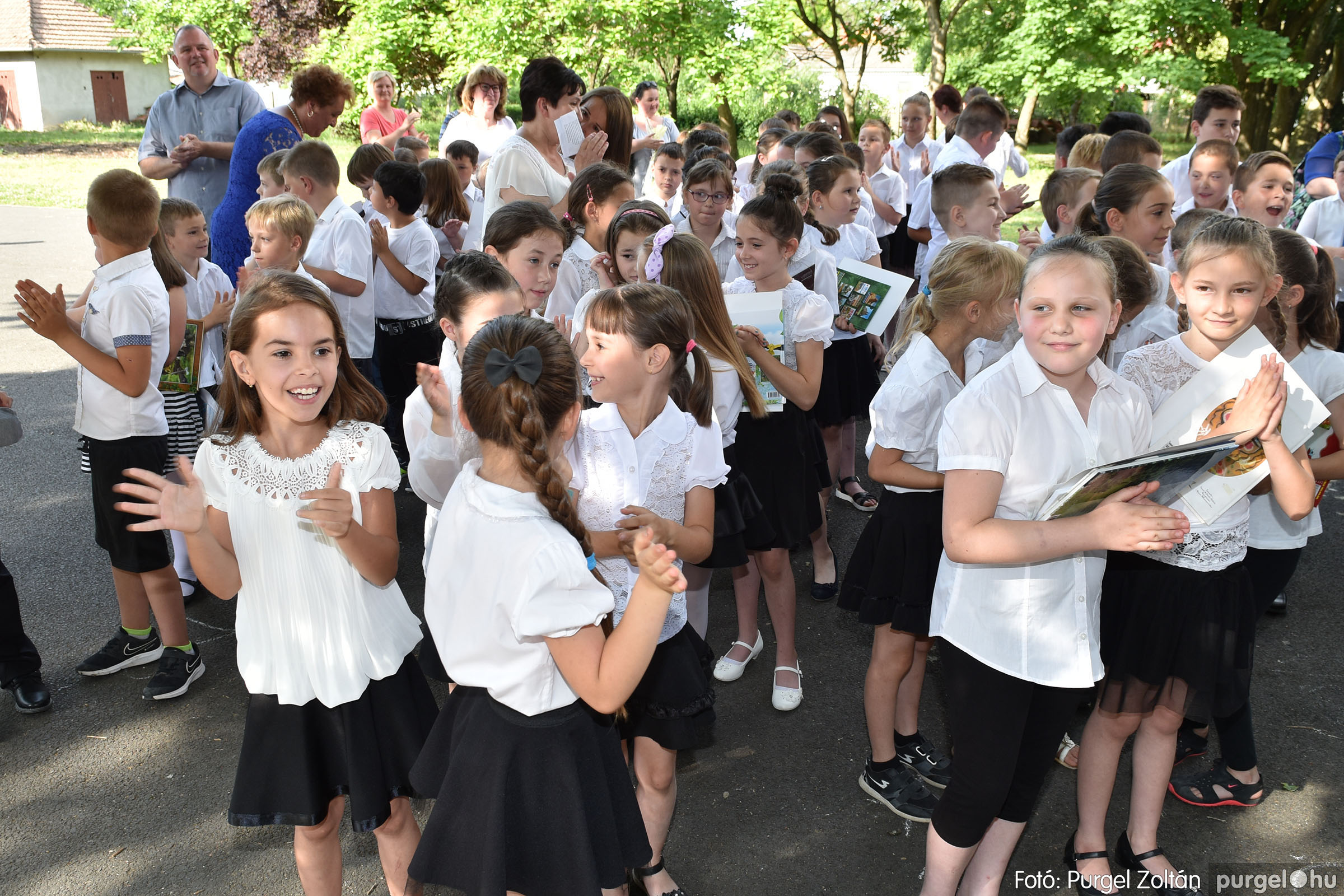 2021.06.17. 077 Forray Máté Általános Iskola tanévzáró 2021. - Fotó:PURGEL ZOLTÁN© DSC_6188q.jpg