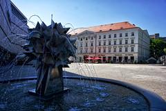 Kristall-Pusteblumenbrunnen